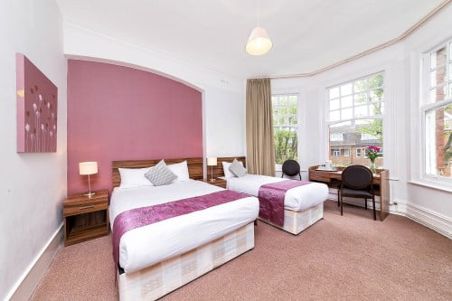 Twin ensuite National Hotel Muswell Hill